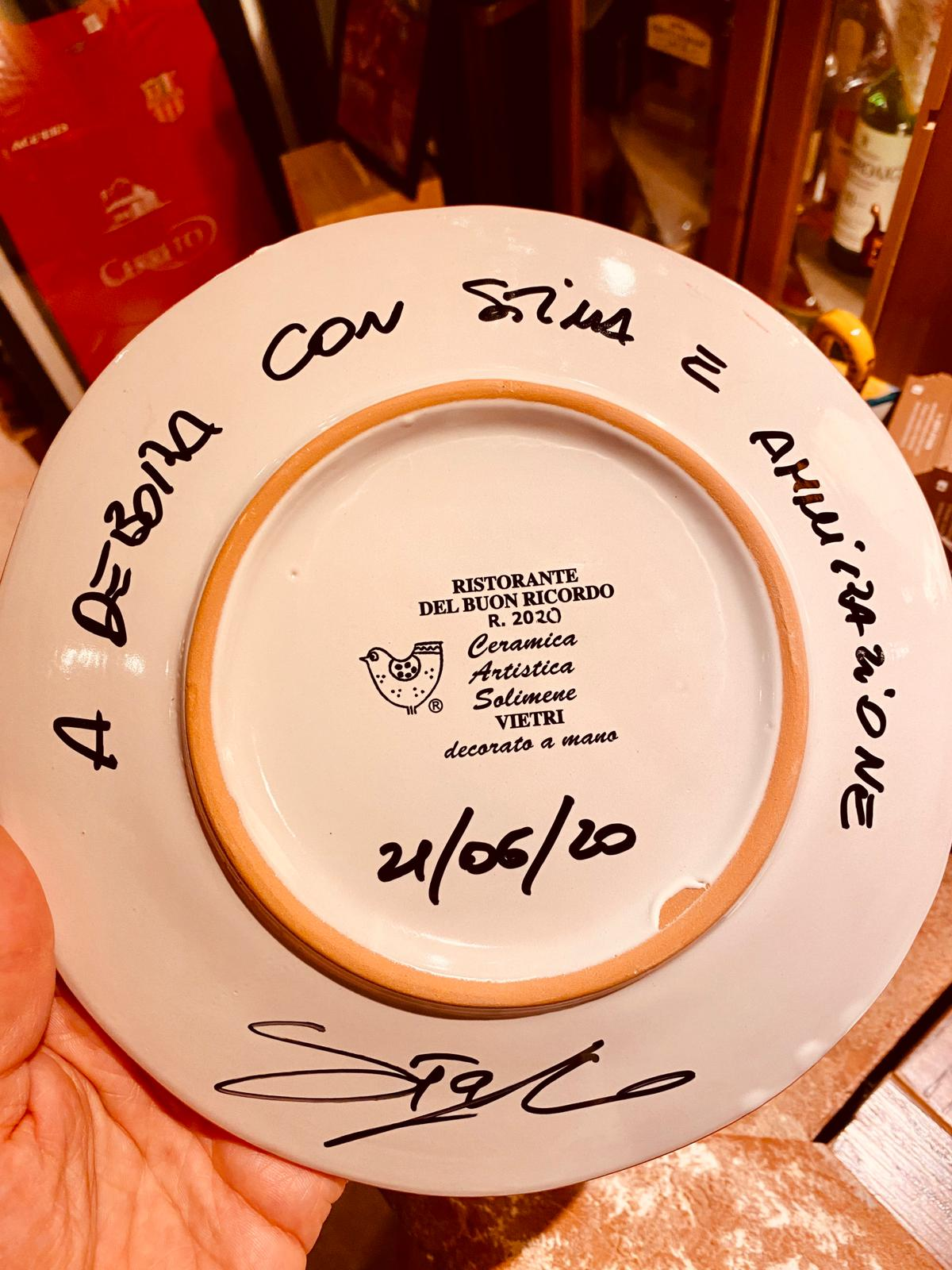 Piatto firmato per Debora Villa